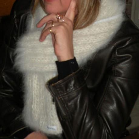 Echarpe blanche en laine - Laine canine